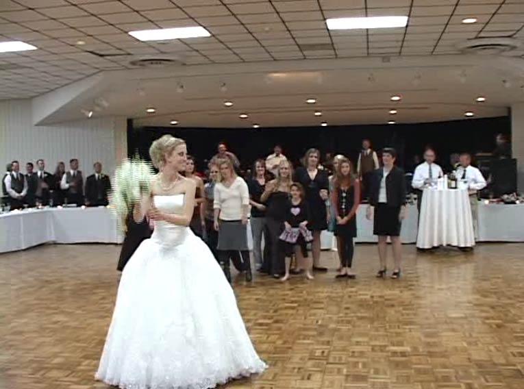 The Toss - Traditional Polish Wedding