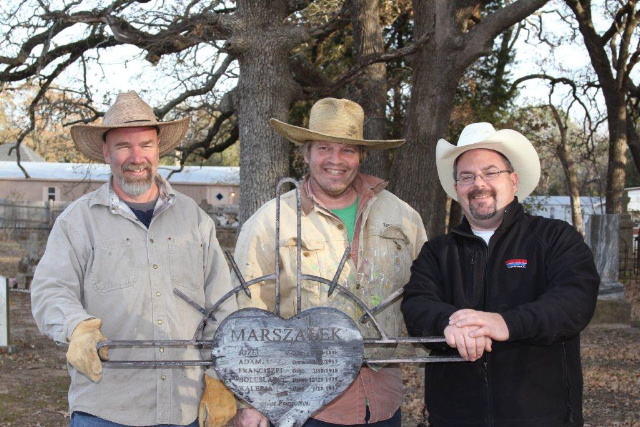 From the left; Dave Kidd, Brian Zievert and Brian Marshall with marker.