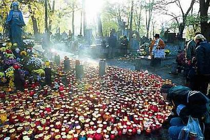 Polish cemetery, November 1st from Gazeta Wyborcza